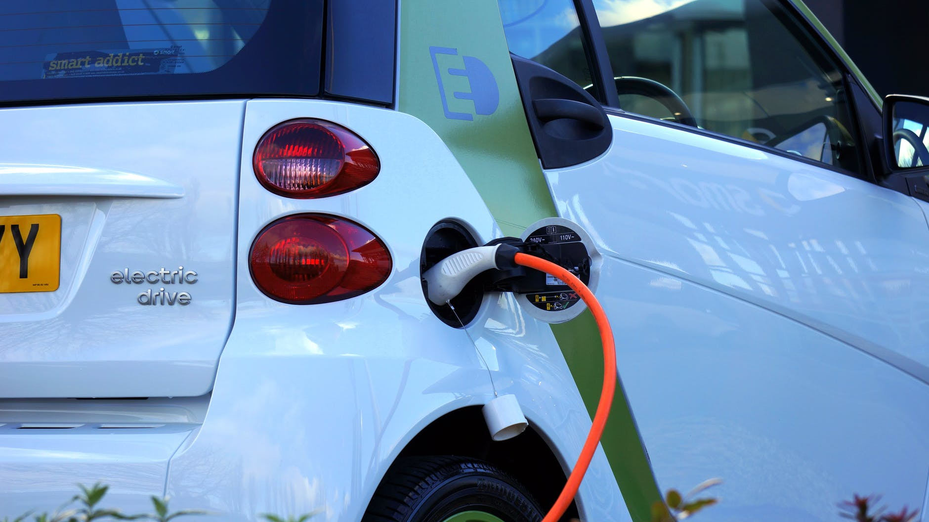 Top 10 Electric Cars of the Future