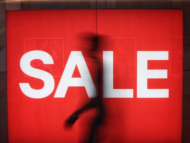 Five largest retailers in USA based on Sales